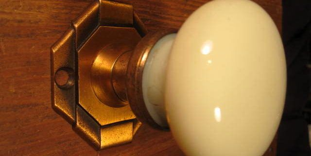 Deco Bronze Rosette Glass Door Knob