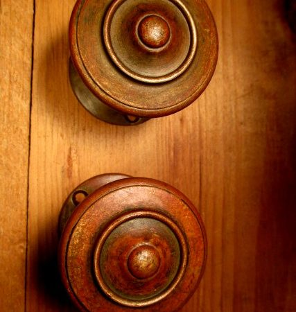 Bronze Deco Door Knob Set