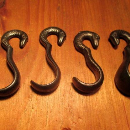 Snake Head Molding Hook
