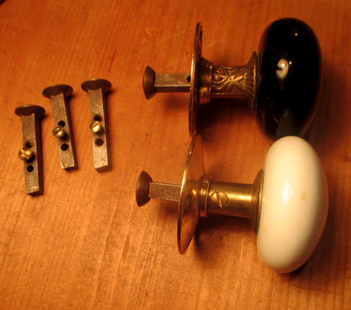 Picture of: Door Knob Spindle 1 4 One Side Dummy Spindle Sp 003 Classic Home Hardware